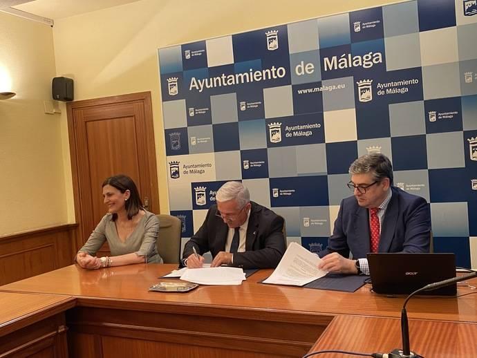 Málaga y Kapsch firman un convenio para innovación aplicada a movilidad