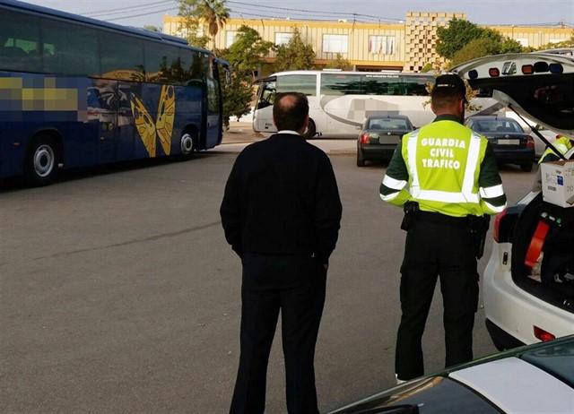 Nueva campaña de Tispol para control de autobuses y camiones