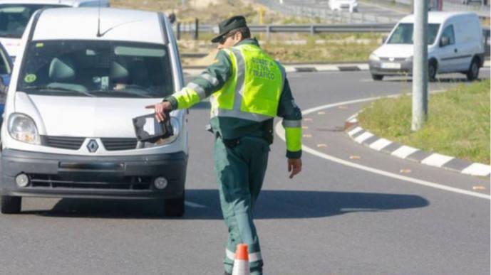 Froet pide inspecciones ante el aumento de furgonetas 'piratas'