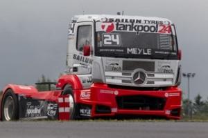 El piloto Adam Lacko vencedor del ADAC Truck Grand Prix