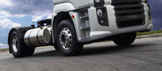 El camión The Iron Knight de Volvo Trucks ha batido dos récords mundiales de velocidad equipado con neumáticos Goodyear.