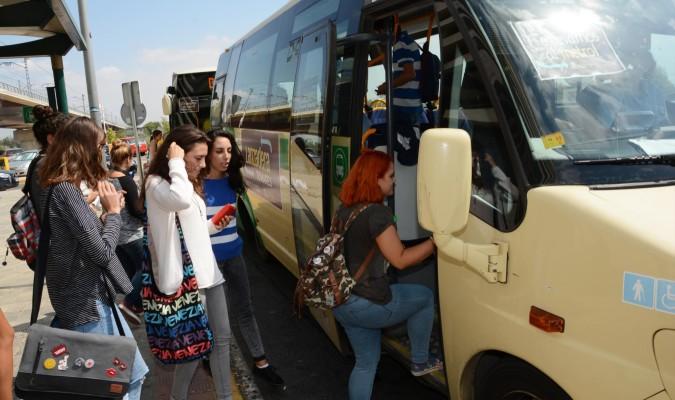 Un bus lanzadera conectará desde septiembre Tomares y el metro de Sevilla