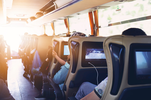El autobús asume el reto de alcanzar la neutralidad climática en 2030