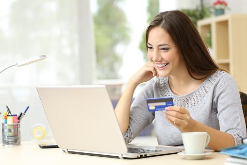 La pandemia ha impulsado a comprar online al 83,7% de los internautas españoles
