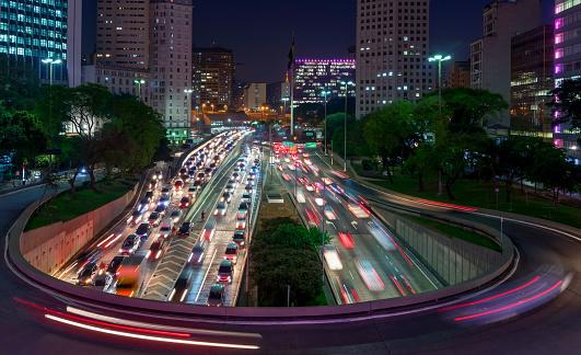 CTA : Sistema de Transporte Público Sobresaliente por APTA