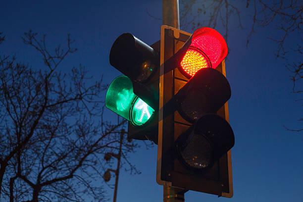 Los semáforos de Kapsch conectarán con el bus sin conductor de Málaga