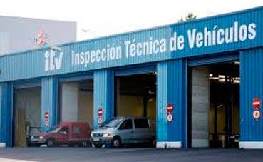 El transporte de Castilla reclama prioridad para camiones en la ITV