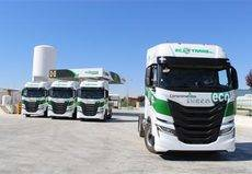 Global Feed Ecotrans incorpora 12 Iveco S-Way NP de gas natural