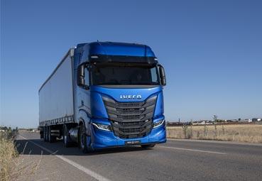 Iveco lanza una nueva marca de servicios de transporte