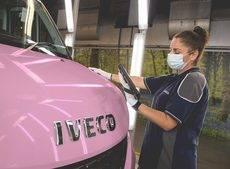 Iveco muestra su firme compromiso con la lucha global contra el cáncer de mama