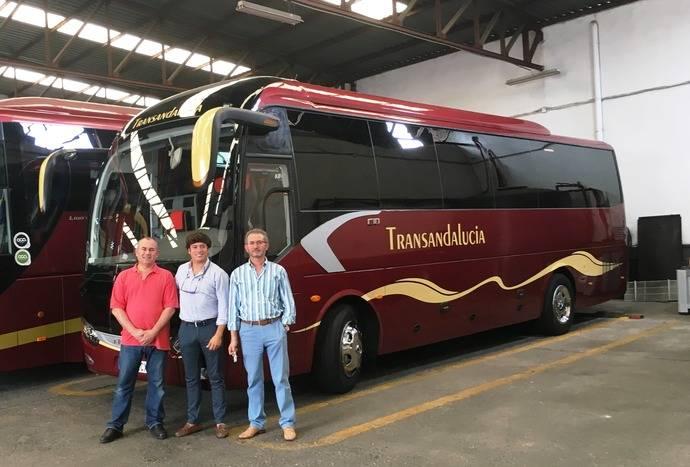 Nuevo King Long C10 autoportante adquirido por la empresa Transandalucía