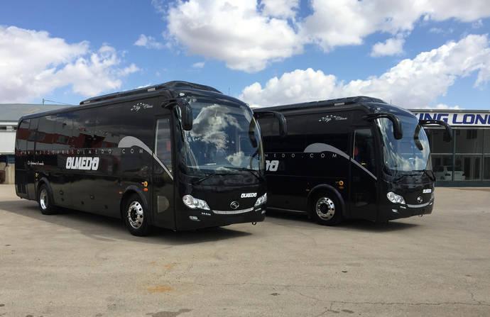 King Long entrega dos unidades autoportes a Autocares Olmedo