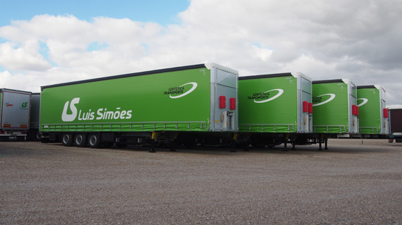 104 unidades de Schmitz Cargobull para Luis Simões