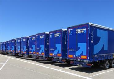 Calsina Carré suma 70 furgones y 40 lonas Lecitrailer