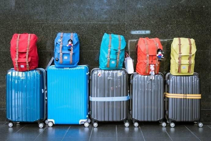 Correos Express lleva las maletas por 13,95 euros este verano
