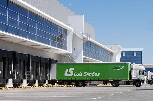 Luís Simões extiende su presencia a Baleares con una nueva nave