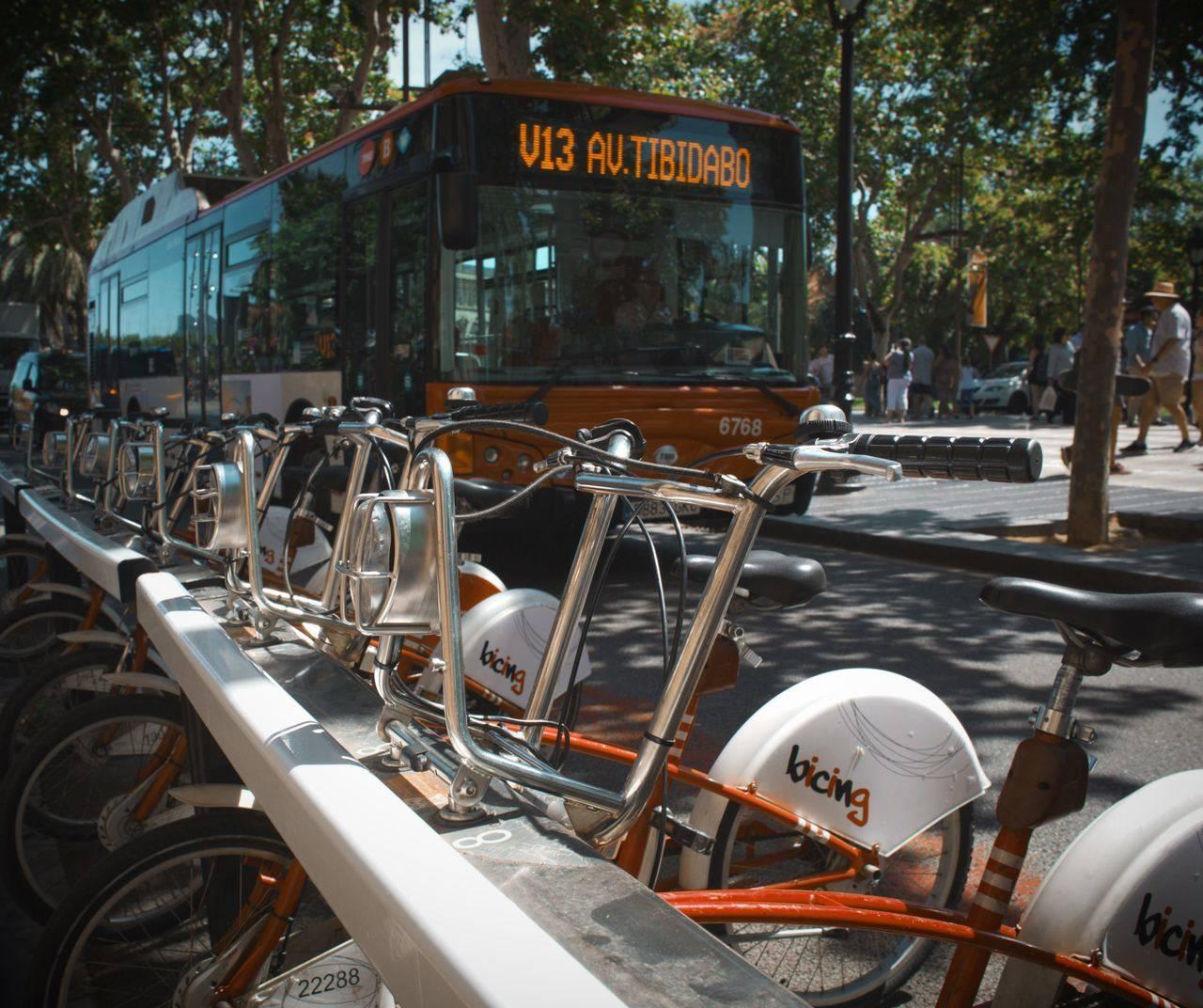 El transporte en autobús logra crecer por cuarto año