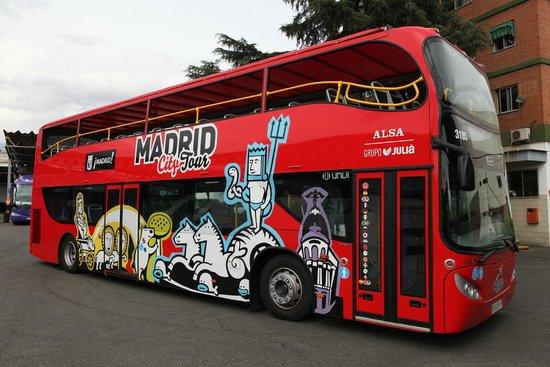 Madrid City Tour insta Ayuntamiento a parar autobuses turísticos ilegales