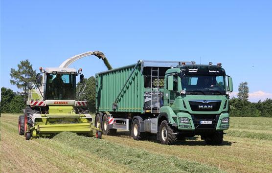 El camión agrícola MAN se exhibe en la feria Agritechnica 2019