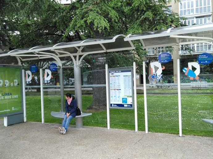 Dbus renovará 110 marquesinas de San Sebastián