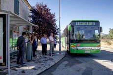 Madrid renueva las marquesinas de autobuses de la Sierra Norte