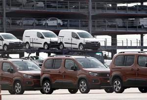 Las matriculaciones de vehículos en junio continúan registrando caídas