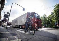 Récord de demanda del Sideguard Assist de Mercedes-Benz Trucks