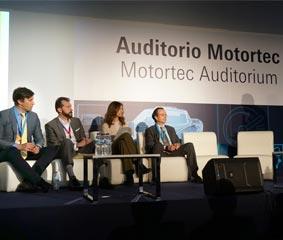 Iveco explica y analiza las ventajas del gas natural en Motortec
