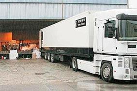 Transportes mantiene su compromiso de mejorar el transporte por carretera