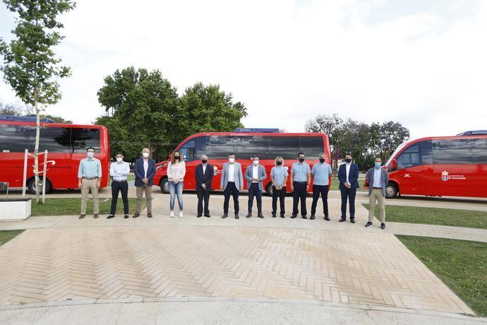 Empresa Ruiz adquiere tres microbuses
