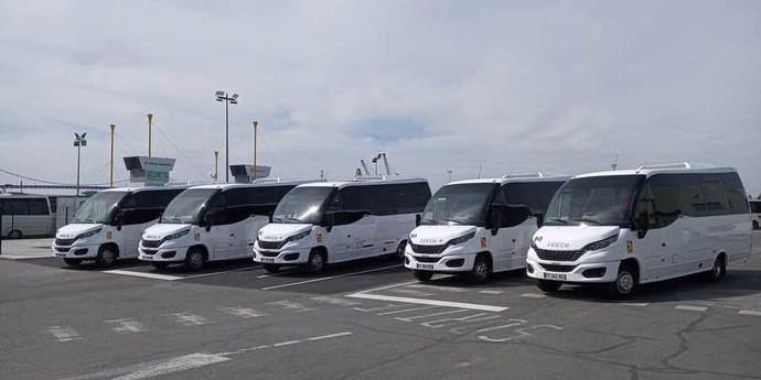 Cinco unidades del minibús Wing en GNC, circulan ya por Francia
