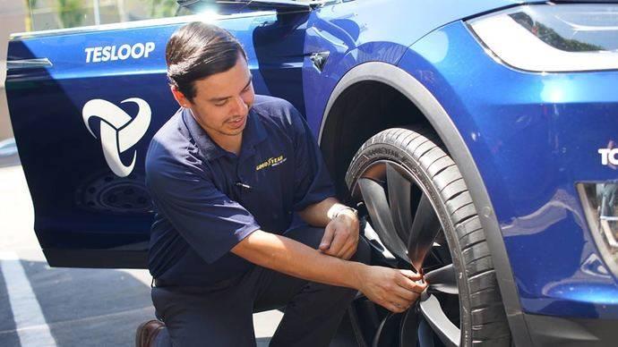 Neumáticos inteligentes Goodyear para Tesloop