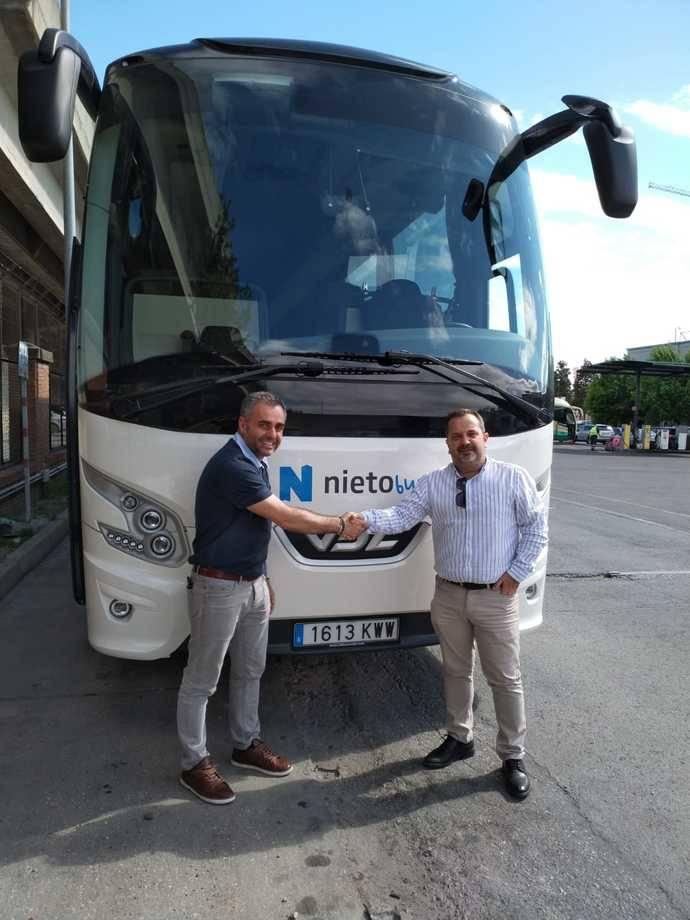La empresa Autocares Hermanos Nieto repite con un autoportante de VDL Bus & Coach