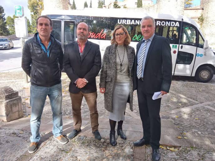 El Ayuntamiento y la UTE Urbano de Ronda presentan un nuevo vehículo