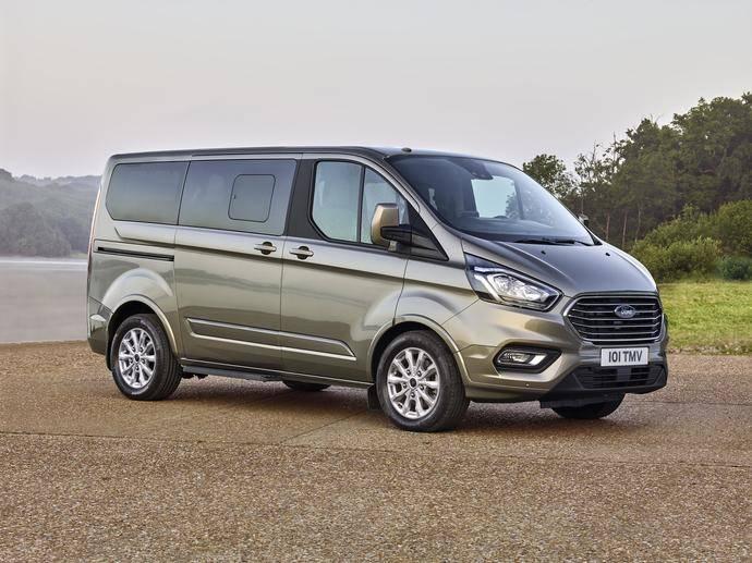 Ford rediseña el nuevo Turneo Custom, pensada como un lujoso espacio de reuniones