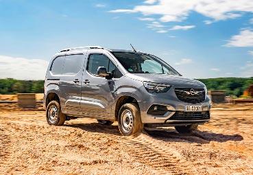 Opel celebra más de 120 de años de vehículos comerciales