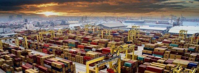Seguimiento mayoritario de la huelga de estiba en los puertos