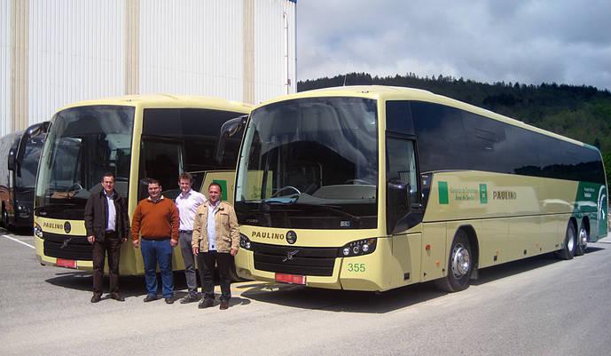 Sunsundegui entrega dos SB3 a Autocares Paulino y un SC7 a Reche Tour