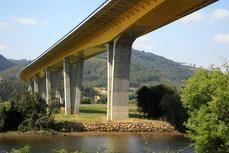 Seguir y analizar en tiempo real puentes monitorizados