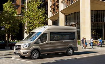 Ford Transit, ahora disponible con 10 velocidades