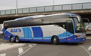 Autobuses de Alsa repatrian a más de veinte españoles, desde Suiza