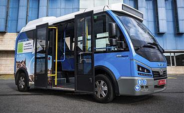 Un minibús Karsan Jest 100% eléctrico, en pruebas en Barcelona