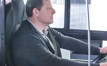 Mercedes-Benz suministra puertas de protección para los conductores