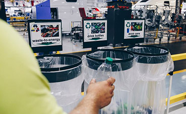 Volvo Group North America reconocido por reducción de residuos