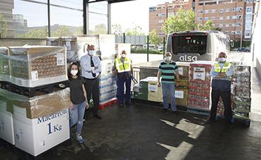 Los empleados de Alsa donan 7.000 kilos de alimentos al Banco de Alimentos