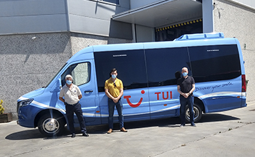 Gbister entrega dos unidades Sprinter Panelvan 519 CDI a Ultramar Express