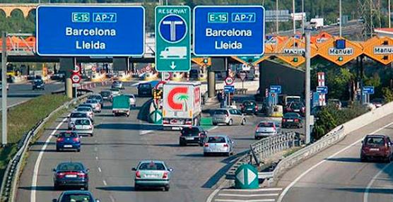El Servicio Catalán de Tráfico rectifica e incluye al transporte de frutas y verduras