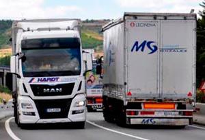 Asociaciones confían en que el Gobierno no apruebe hoy el aumento de los camiones a 44 toneladas