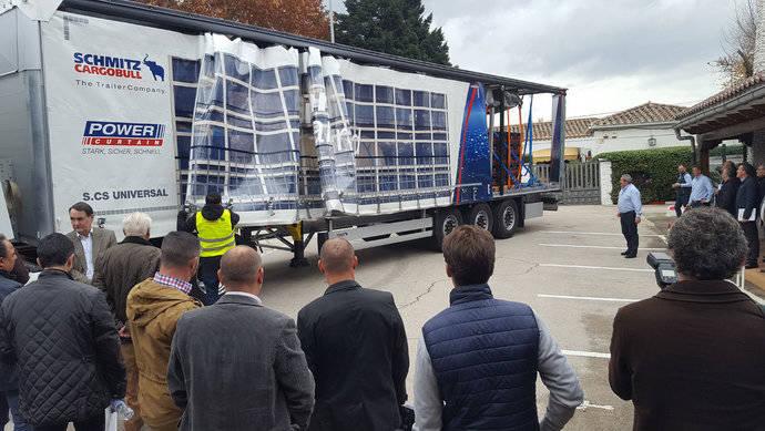Schmitz Cargobull refuerza su segmento de lonas con Power Curtain