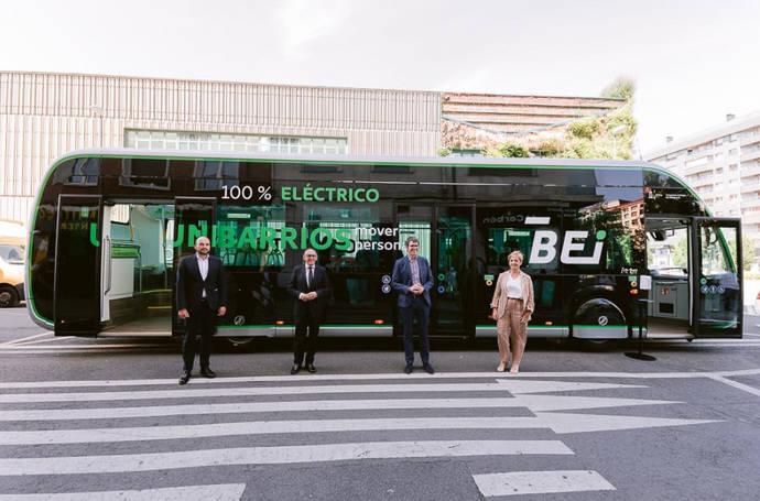 Presentación del Irizar ie tram de 12 metros en Vitoria.